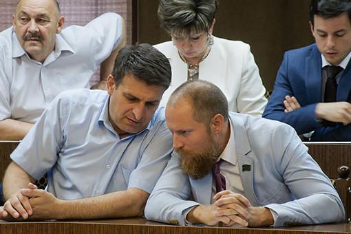 Горячие довыборы в Челнах: по округу Еретнова – Яковлева вновь может победить оппозиция?