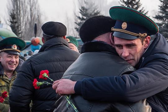 «Ребята, вы продолжаете подвиг наших отцов»: 31 год назад СССР вывел войска из Афганистана