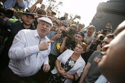 Жириновский поругался с протестующим на акции против пенсионной реформы в Москве