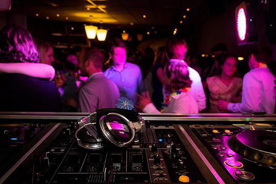 «Запрещают клубы– уходят вподполье, запрещают развлечения– будут развлекаться сами»
