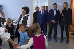 Метшин посетил казанский детсад с группой для детей с аутизмом