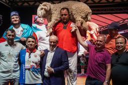 Борцы из 42 стран мира приняли участия в чемпионате мира по борьбе корэш на сабантуе в Мингере