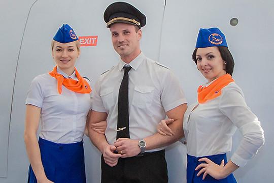 Бросить все и стать стюардессой: как в Казани готовят по 200 «небожителей» в год