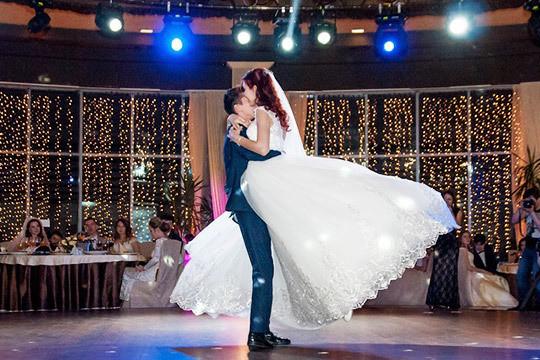 Свадьба на бис: «Я просто надел костюм, взял жену и пришел сюда!»