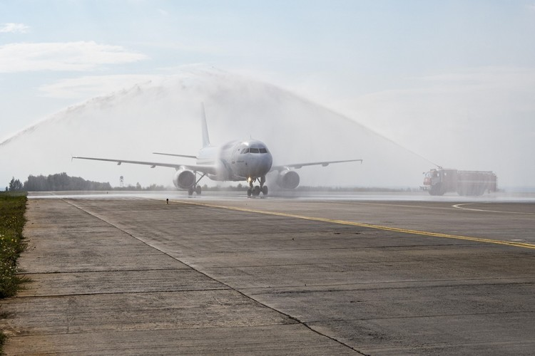 Сегодня из Москвы в Казань прилетел первый чартерный авиарейс