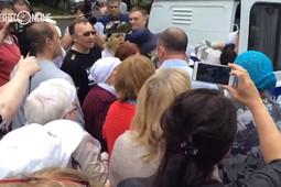 Жители Осиново отвоевали активиста у полиции