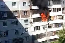 В Казани вспыхнул балкон многоквартирного дома