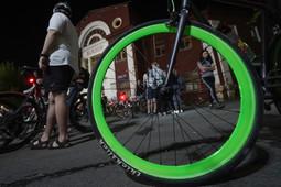 По Казани на двух колесах: по городу покатился «Ночной велофест»