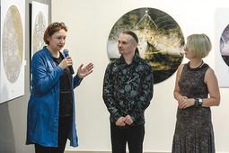 «Фантомы» в «БИЗONе»: как открывали выставку Ленара Ахметова