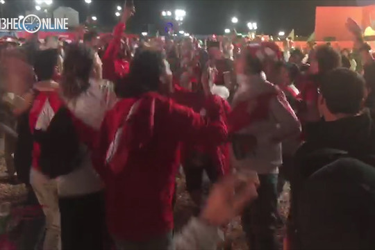 Фанаты Перу и Ирана на фан-фесте устроили баттл, кто кого перекричит