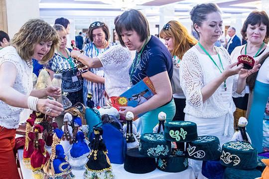 На съезде учителей татарского языка требовали говорить на родном языке