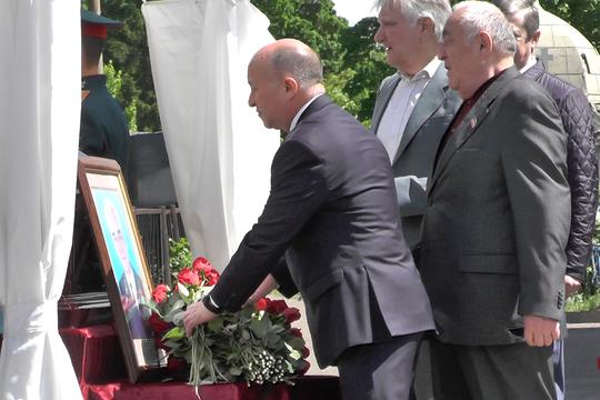 Нафиков: «Олег Михайлович верой и правдой служил закону». Прощание с бывшим прокурором ТАССР