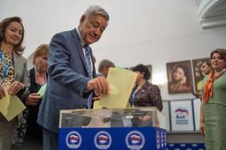 Конференция единороссов: старый новый спикер и явное тайное голосование