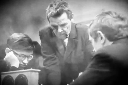 Рашид Нежметдинов: «Для атаки мне не хватало в шашках белых полей»