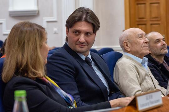 Аюпова и Запашный ищут директора Казанского цирка