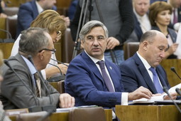 Депутаты Госсовета обсудили проект бюджета на 2019 год