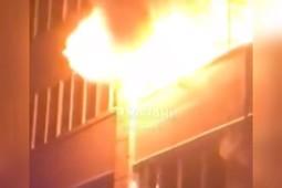 В ночном пожаре в Казани погибли два человека