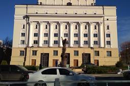 Казанский Кремль о памятнике Нуриеву на задворках: «Театр со всех сторон хорош»