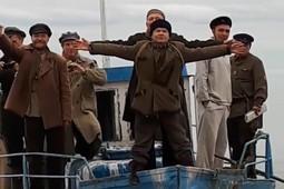 Актеры фильма «Зулейха» сняли пародию на «Титаник» под Казанью