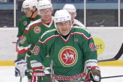 Рустам Минниханов стал лучшим игроком товарищеского матча Татарстан – Чехия