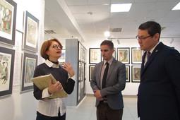 Генконсулы Венгрии и Казахстана посетили выставку в галерее «Бизон»