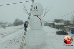 Гигантский снеговик казанца может попасть в книгу рекордов России