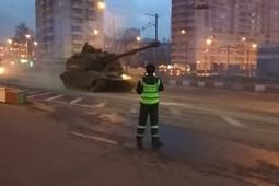 В Москве прошла колонна военной техники для парада 9 Мая