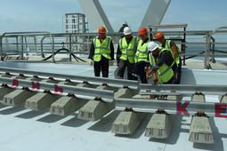 Железнодорожный путь Крымского моста состыковали над Керченским проливом