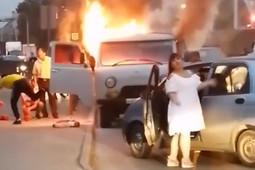 В Казани сгорел микроавтобус