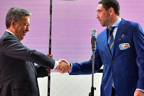 Зарипов стал капитаном «АкБарса», аТкачева заставили выложить фото сигроком «Салавата»