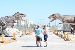 Парк динозавров возле «Казань Арены» прямо сейчас