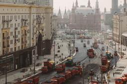 Как укладывали асфальт на Тверской в Москве