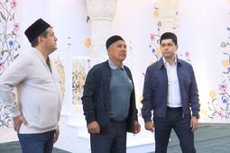 Рустам Минниханов осмотрел новую мечеть на Федосеевской улице в Казани