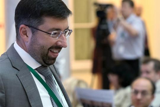 Билет в банкротный комитет: Рустам Минниханов заключил пакт с АСВ