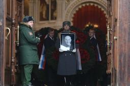 Сегодня Москва прощалась со своим бывшим мэром Юрием Лужковым