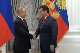 Путин в Кремле наградил Ильсура Метшина орденом «За заслуги перед Отечеством»