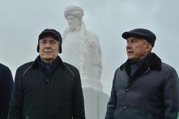 Минниханов и Шаймиев открыли памятник Марджани в Казани