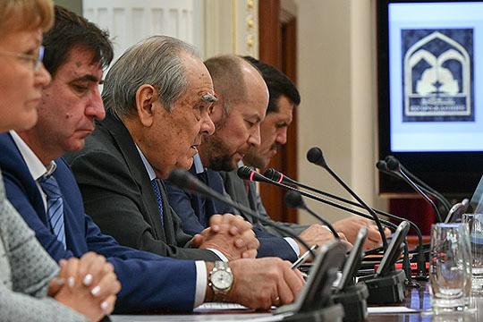 Минтимер Шаймиев: «Прокуроры ходили пошколам, но, по-моему, они ходили поКонституции!»