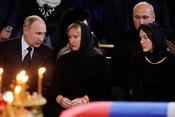 «Юрий Михайлович– человек-созидатель, человек-строитель, онвовсем, даже вэтом храме»