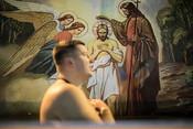 Вера и ЗОЖ: крещенские купания в Москве