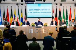 Степан Демура: «Мывходим впоследнюю фазу экономического коллапса…»