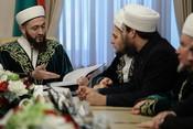 «Почему арабы должны проверять наш Коран?»