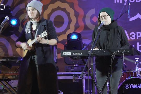 Казанская инди-фолк группа Juna выступила на вечере инструментальной музыки «Октава»