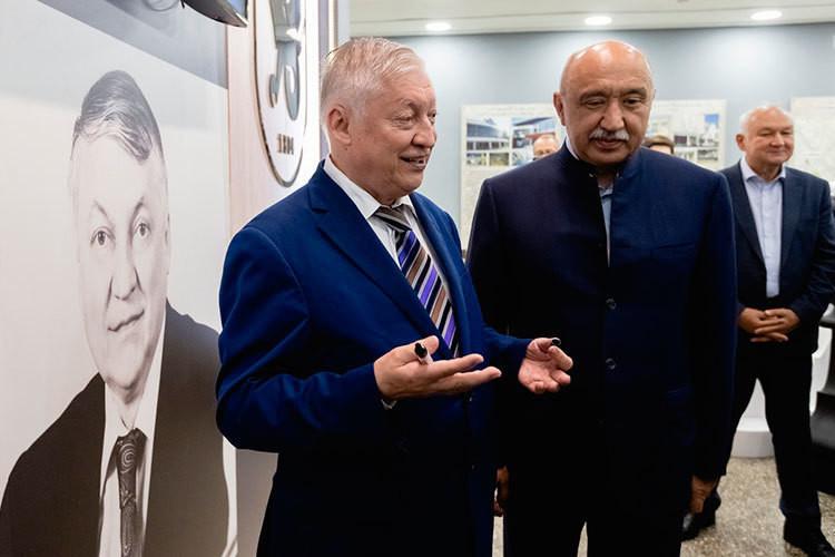 Легендарный Анатолий Карпов открыл в КФУ шахматный центр, названный в его честь