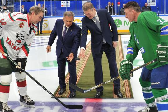 «Зеленое дерби»: Минниханов и Хабиров посетили хоккейный матч в Уфе