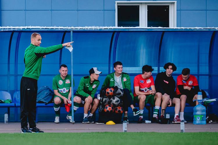 «Нэфис» не дал бывшему вратарю «Рубина» оформить тренерский дебют победой