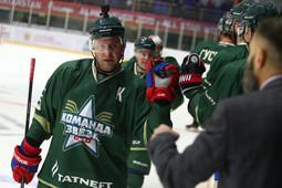 Сычев, Морозов и звезды ТV обыграли «Нефтяник» в рамках Недели звезд хоккея