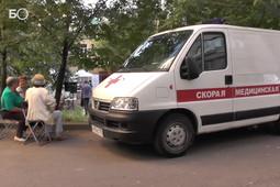Во дворах Казани начали проводить бесплатные медосмотры