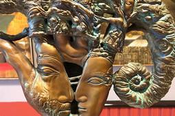 «Великое неизвестное» в«БИЗONe», сказочный фест отМинуллиной ипраздник уличной культуры