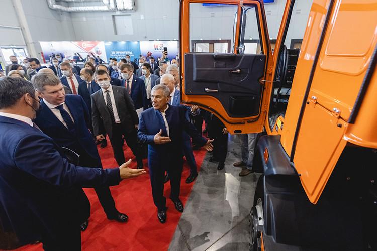 Машфорум на KazanSummit-2021: КАМАЗу «прописали» роботизацию и электрокары